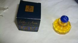 Miniature De Parfum Le Monde Est Parfum Lettre A Anna - Miniatures Modernes (à Partir De 1961)