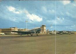 ( DINARD )( PLEURTUIT ) ( 35 ILLE ET VILAINE ) ( AEROPORT )( AVIONS ) - Aérodromes