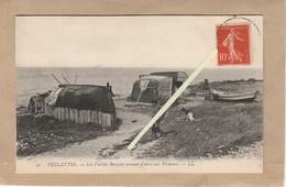 Dept 76 : ( Seine-Maritime ) Veulettes, Les Vieilles Barques Servant D'abri Aux Pêcheurs. - France