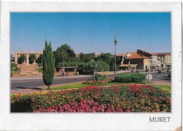 MURET - Rond-point Fleuri - Muret