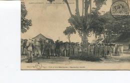 CPA - SAINT-LAURENT - Rentrée Des Corvées De Transportés - Timbre GUYANE FRANÇAISE - Cliché N°92 - Bon Etat - - Saint Laurent Du Maroni