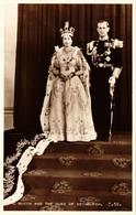 CPM AK Queen Elizabeth II Coronation Duke Of Edinburgh BRITISH ROYALTY (678434) - Royal Families