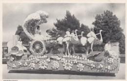 Los Angeles California, Forenoon Float, Knight's Templar Parade C1910s Vintage Postcard - Los Angeles