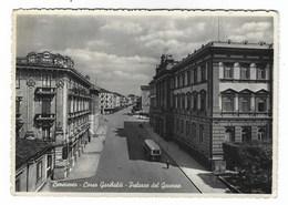 4670 - BENEVENTO CORSO GARIBALDI PALAZZO DEL GOVERNO ANIMATA AUTOBUS 1954 - Benevento