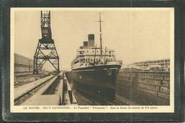 """76  LE HAVRE - PORT AUTONOME - LE PAQUEBOT """" ATLANTIQUE """" DANS LA FORME DE RADOUB ..... (ref 9108) - Port"""