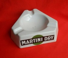 Ancien Cendrier Martini Dry - Martini - Rosso/ Années 60-70 - Altri