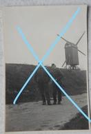 Photo MOLEN Moulin Mühle Soldats Belges Belgian Soldier Mill Circa 1940 Belgique Belgïe - Photos