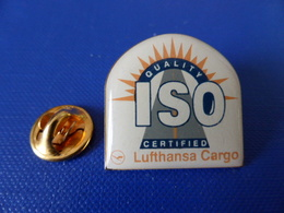 Pin's Lufthansa Cargo - Iso Certified Quality - Logo (F68) - Airplanes