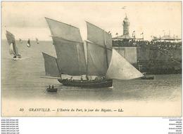 50 GRANVILLE. Bateaux à L'Entrée Du Port Jour De Régates 1923. Pêcheurs Poissons Et Métiers De La Mer - Granville