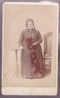 Au Plus Rapide Photo CDV Léon Duval Bolbec Portrait Femme Coiffe Bonnet Folklore - Anciennes (Av. 1900)