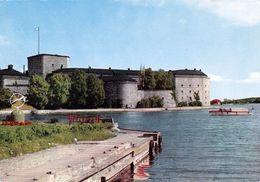 1 AK Schweden * Die Festung Vaxholm Auf Der Insel Vaxön - Eine Insel Im Stockholmer Schärengarten * - Suède