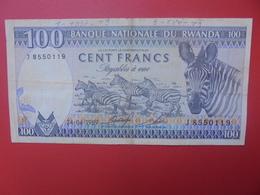 RWANDA 100 FRANCS 1989 CIRCULER (B.11) - Rwanda