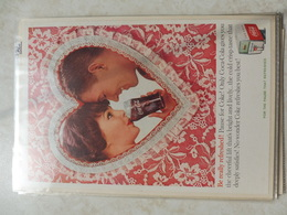 Affiche Publicitaire Coca Cola 25cm Sur 16  -( Coeur ) 1960 Copyright / Reclamaffiche Cola - Afiches Publicitarios