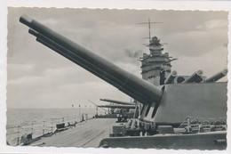 CPSM. Les Pièces De 16 Pouces Sur Le Navire Rodney De La Marine Anglaise - Militaria