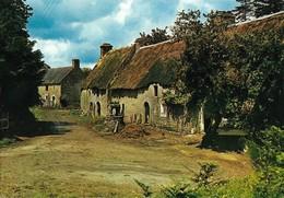 Chaumières De Bretagne (2 Scans) - Bretagne