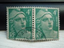 2 Timbres  Marianne De Gandon  4 F N° 807 PARIS - France