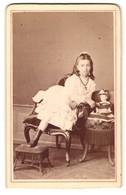 Fotografie Gebr. Matter, Mannheim, Portrait Mädchen Mit Puppe, Um 1870 - Anonieme Personen