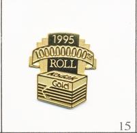 Pin's Photographie - Kodak / 1995 Pellicule Gold - 100 Millionième Fabriqué. Non Estampillé. Métal Doré. T721-15 - Photographie