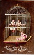 CPA  - Bébés à Vendre En Cage   -  écrite - Bébés