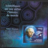 GUINEE  BF 1389  * * ( Cote 15e )  Albert Einstein - Albert Einstein