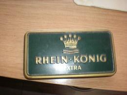 Old Tin Box Antike-Blechdose-Arnold-Boeninger-Rhein-Koenig-Extra - Cajas Para Tabaco (vacios)