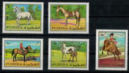 FUJEIRA   1970    HORSES    5  STAMPS  MNH** - Fujeira