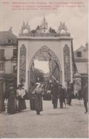 57 - METZ - ARC DE TRIOMPHE PLACE DE LA CATHEDRALE PENDANT LE CONGRES EUCHARISTIQUE - Metz