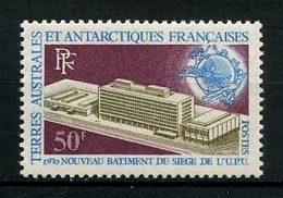 TAAF 1970 N° 33 * Neuf MH Infime Trace De Charnière TTB C 64 € OIT UPU Union Postale Nouveau Bâtiment à Berne - Terres Australes Et Antarctiques Françaises (TAAF)