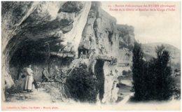 24 LES EYZIES - Entrée De La Grotte Et Escalier De La Gorge D'Enfer - France