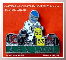 SUPER PIN'S KARTING : A.S.K LAVAL (53) Circuit BEAUSOLEIL Crée En 1960, En ZAMAC Base ARGENT, Format 3,1X2,5cm - Autres