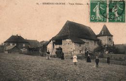 Sermérieu-Olouise, Près Morestel (Isère) - Vieux Château - Edition Berlioz, Epicier - Carte Animée N° 85 - Other Municipalities