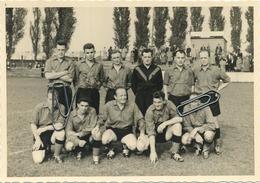 Kessel-Lo :  Inhuldiging Van De Gebouwen N.M.D.W. 1957  Voetbal  ' Santé Publique '   (15 X 10.5 Cm ) - Leuven