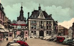 Namur - La Place D'Armes Et La Bourse De Commerce - Namur
