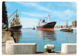 """Cpsm: 76 LE HAVRE - Vue Sur Le Port (Cargo, Remorqueur """"Abeille N° 7"""")  Estel  N° 579 - Le Havre"""