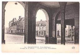 Bacqueville En Caux (76 - Seine Maritime) Arcades De La Mairie - Sonstige Gemeinden