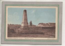 CPA - (37) VERNEUIL-le-CHATEAU - Aspect Du Monument Aux Morts Dans Les Années 20 / 30 - Andere Gemeenten