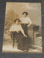 25 - Carte Photographie : Photo Alfred D'Hoop , 17 Rue Battand - Besançon ::: Portraits Femmes   ------------- 522 - Besancon