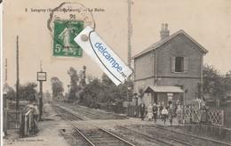 LONGROY : La Halte,animée. édit Proust. - France