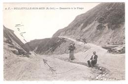 Belleville Sur Mer   (76 - Seine Maritime)  Descente à La Plage - France