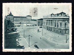 Italie - Torino - Piazza Castello - Palazzo Real E Palazzo Madama - Place Castello - Palais Real Et Palais Madama - Palazzo Reale
