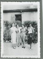 Belles Femmes En Maillot De Bain Beautiful Women In Swimsuits - Pin-Ups