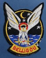Peu Courant Grand écusson Tissu Hélicoptère Marine Française Belligou Maupertus Flotille 32F - Aviation