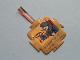 1915 Journées Du Poilu 31 Oct - 1er Nov > Insigne En Carton ( Voir / Zie Photo Pour Detail ) ! - 1914-18