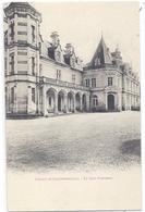 CPA - Larochebeaucourt -  Le Château , La Cour D'honneur - Frankreich
