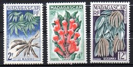 Col17  Colonie Madagascar N° 332 à 334  Neuf X MH  Cote : 2,50€ - Unused Stamps