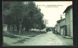CPA Porcheres, Un Coin Du Bourg - France