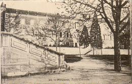 D24  PÉRIGUEUX  École Cléricale  ............ Carte Peu Courante - Périgueux