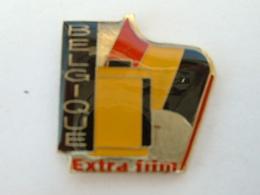Pin's PHOTOGRAPHIE - EXTRAFILM - DRAPEAU BELGIQUE - Fotografie