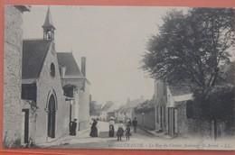 CPA 44 GUERANDE , La Rue Du Croisic Animée - Guérande