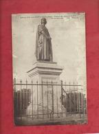 CPA Abîmée - Beaulieu Les Fontaines -(Oise) - Statue De Jeanne D'Arc - Other Municipalities